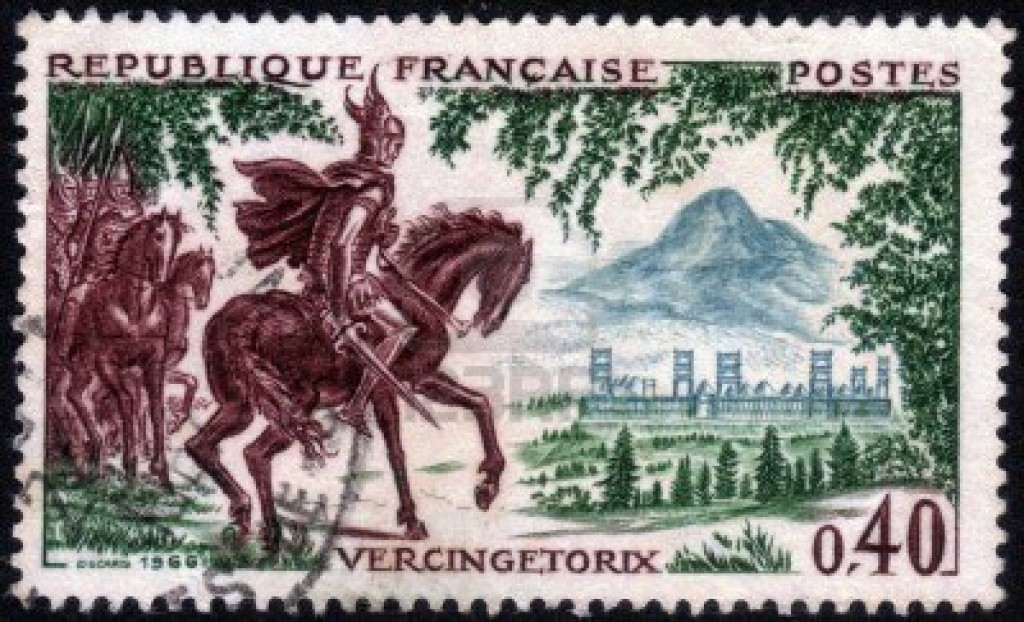 14147238-france--circa-1966-un-timbre-imprime-en-france-montre-vercingetorix-le-chef-de-file-de-l-39-ancien-g